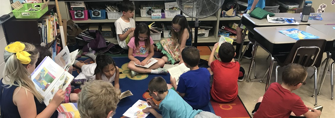 Second Graders Reading